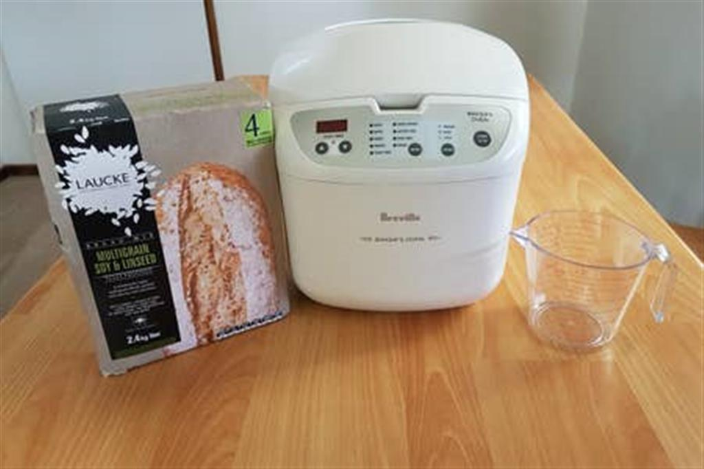 Flinders Ranges Bed and Breakfast - Bread Maker