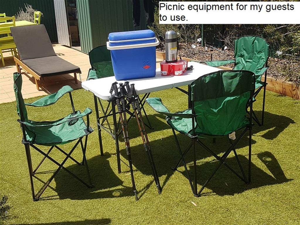 Flinders Ranges Bed and Breakfast - Picnic Equipment