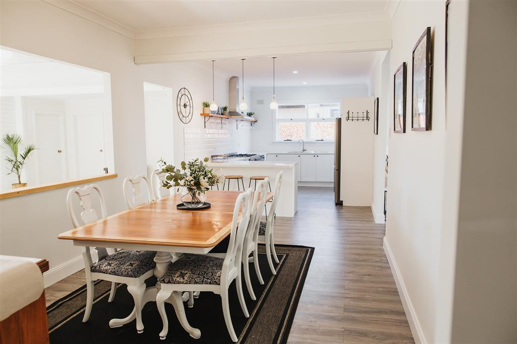 White on Wright Clare - Open Plan Living & Dining