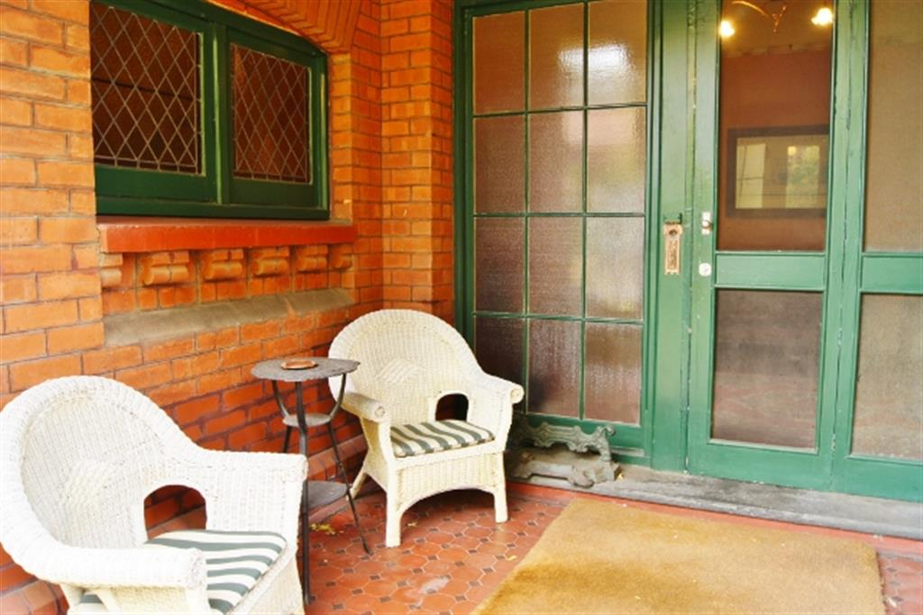 Buxton Manor - North Adelaide - Porch