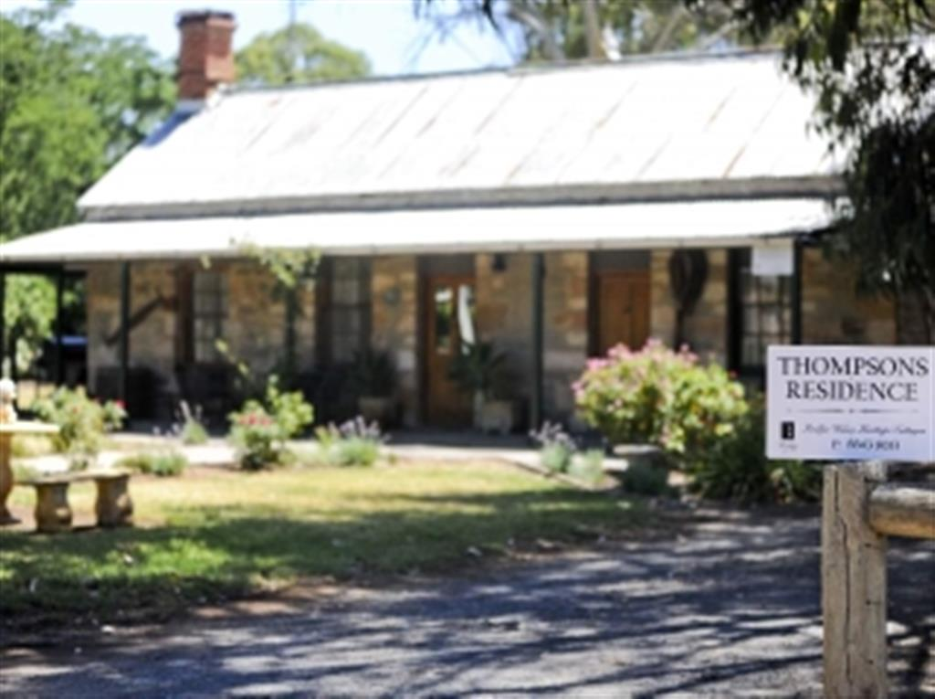 Reillys Wines Heritage Cottages - Thompsons Residence - Mintaro