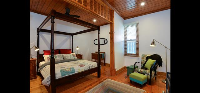 Maids Cottage main bedroom