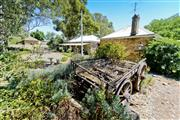 Image of Reillys Wines Heritage Cottages.